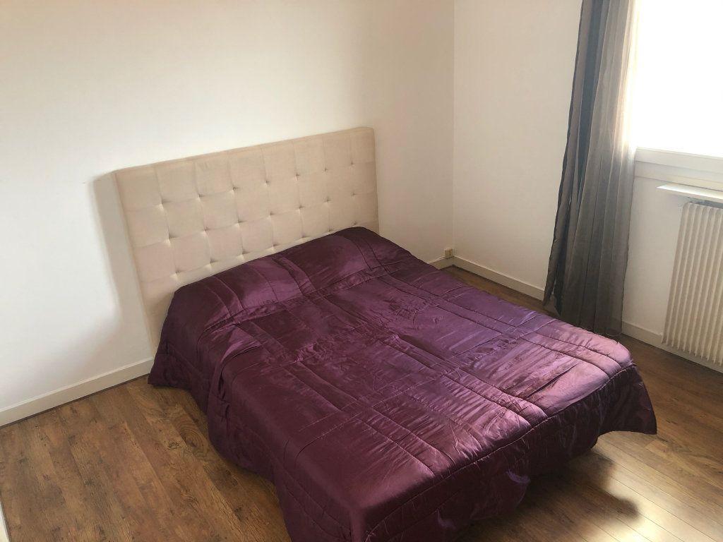 Appartement à louer 2 43.86m2 à Limoges vignette-6