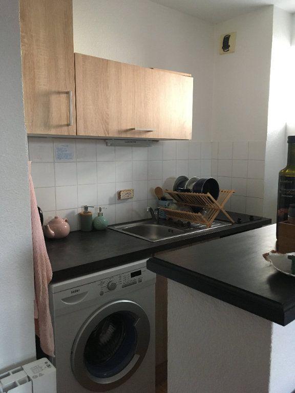 Appartement à louer 2 38.23m2 à Limoges vignette-5