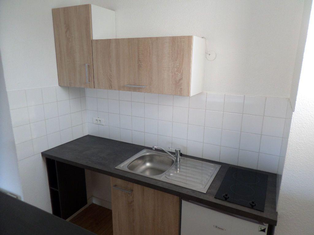 Appartement à louer 2 38.23m2 à Limoges vignette-7