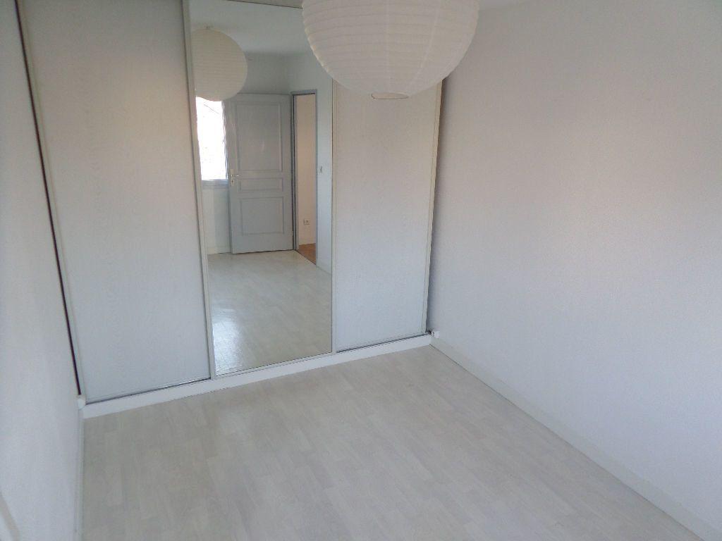 Appartement à louer 2 38.23m2 à Limoges vignette-10