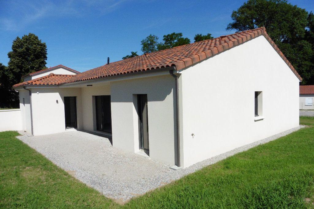 Maison à louer 4 110m2 à Limoges vignette-3