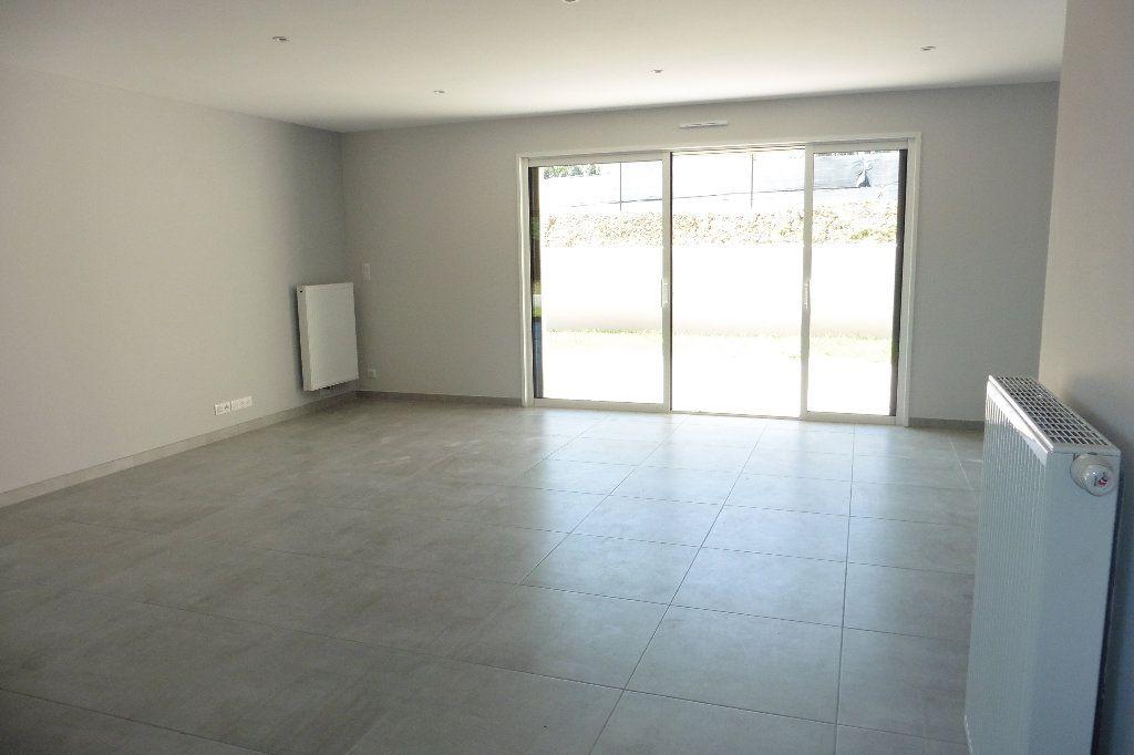 Maison à louer 4 110m2 à Limoges vignette-9