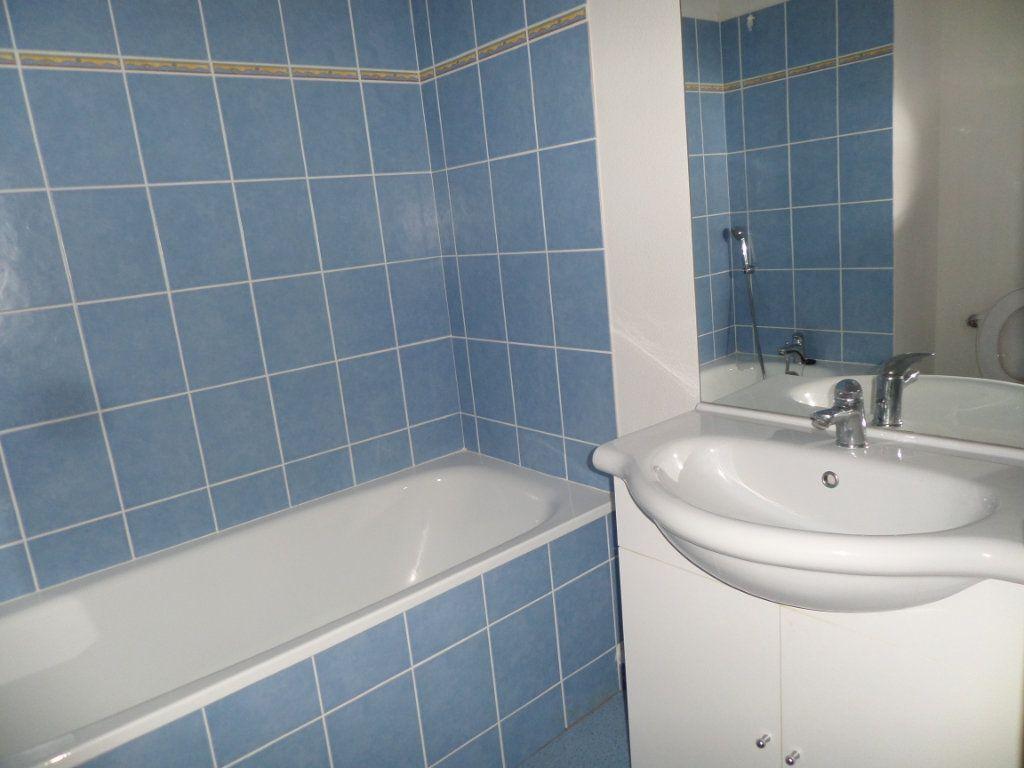 Appartement à louer 1 25.39m2 à Limoges vignette-5