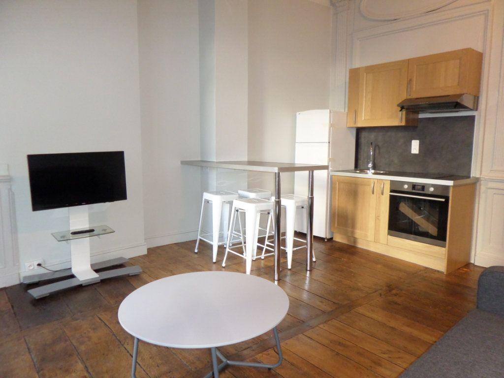 Appartement à louer 2 40.4m2 à Limoges vignette-3