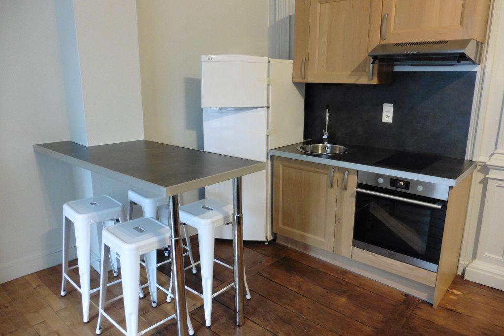 Appartement à louer 2 40.4m2 à Limoges vignette-4