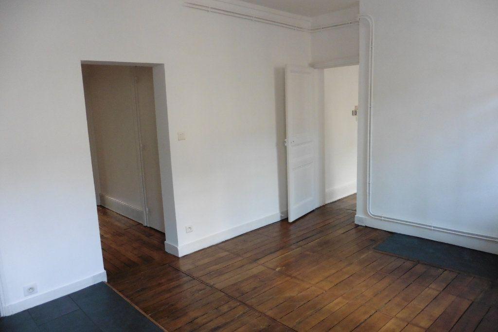 Appartement à louer 4 94.9m2 à Limoges vignette-7