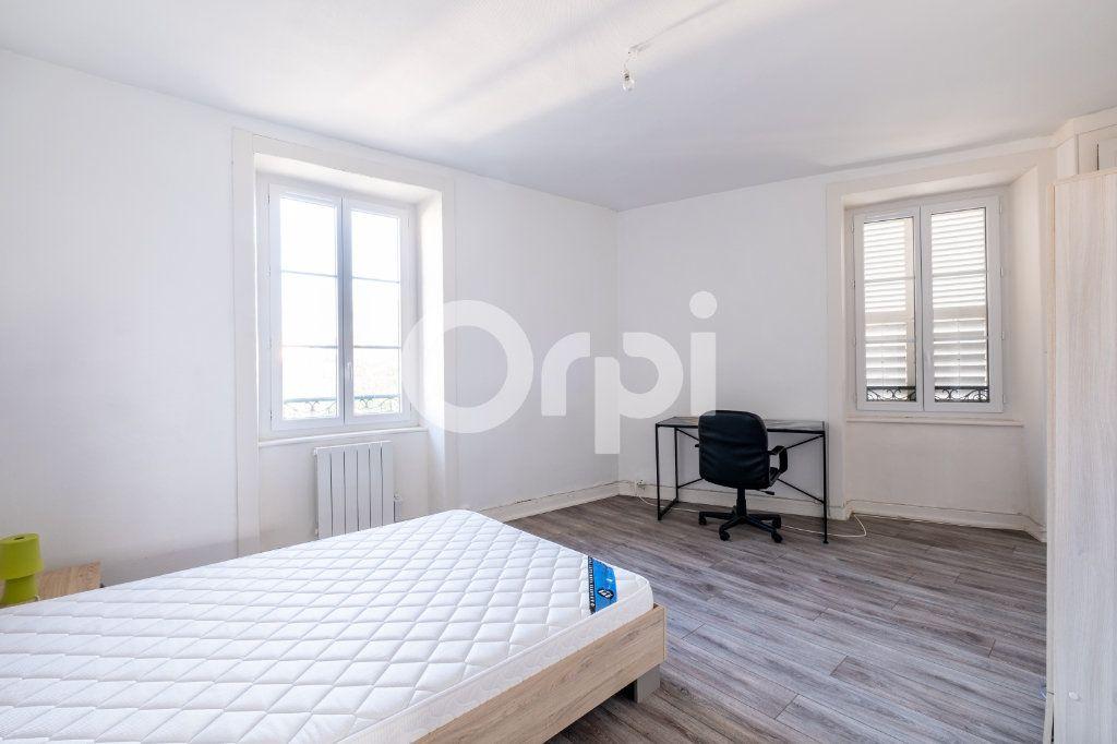 Appartement à louer 3 86m2 à Limoges vignette-6