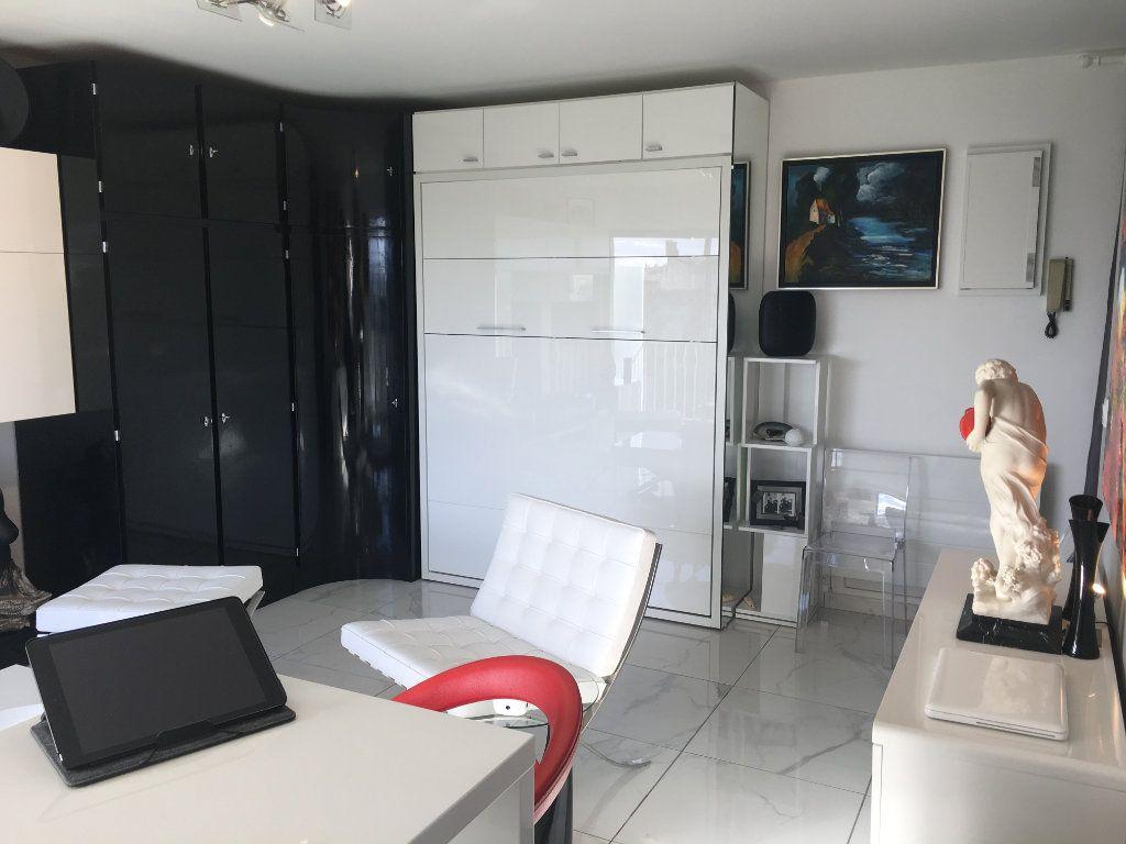 Appartement à vendre 1 30m2 à Limoges vignette-4