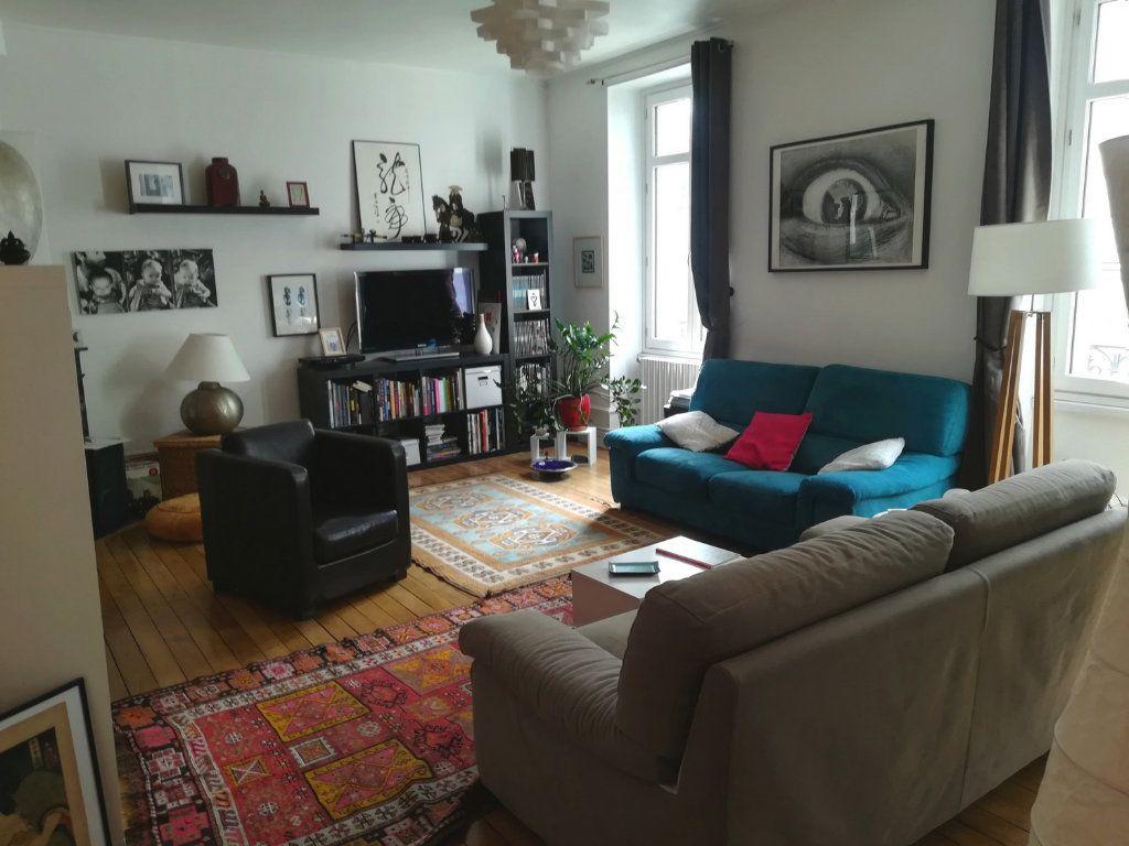 Appartement à louer 4 100.24m2 à Limoges vignette-1