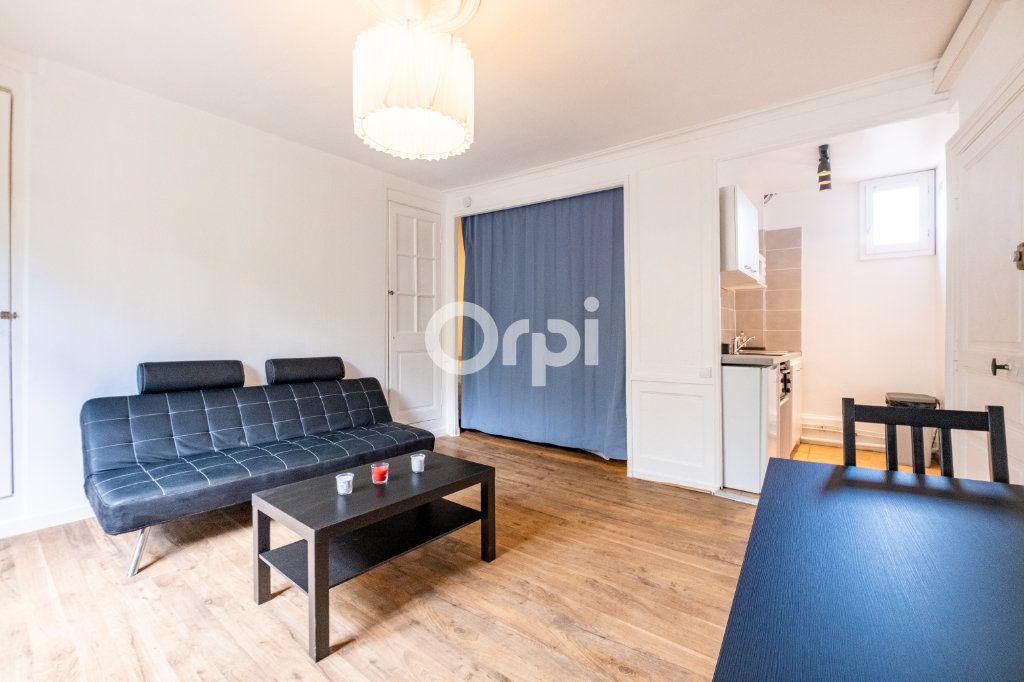 Appartement à louer 1 22.26m2 à Limoges vignette-3