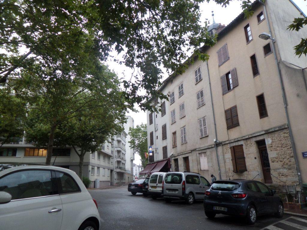 Appartement à louer 1 22.26m2 à Limoges vignette-10