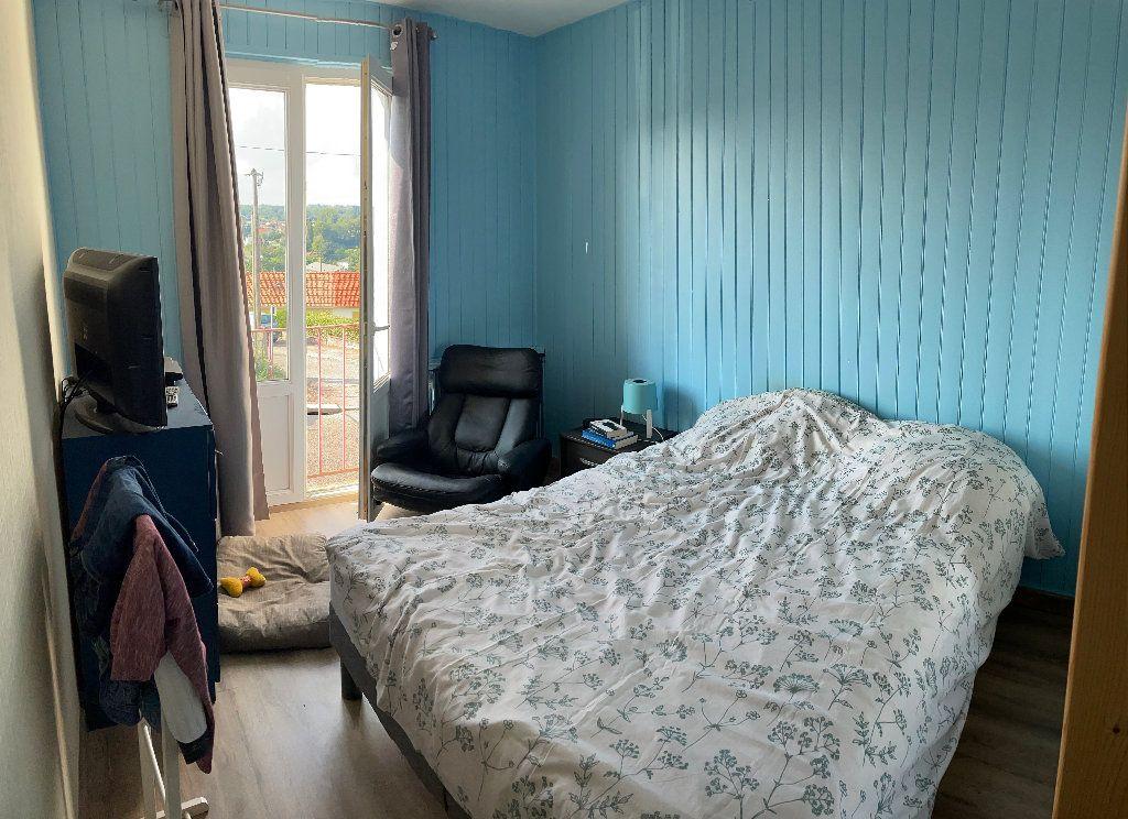 Appartement à louer 3 58.25m2 à Limoges vignette-5
