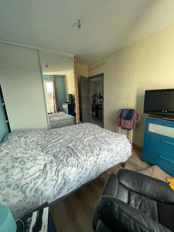 Appartement à louer 3 58.25m2 à Limoges vignette-6