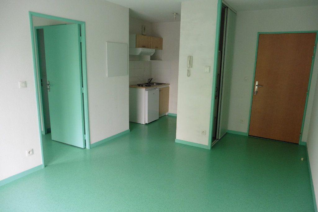 Appartement à louer 2 34.84m2 à Limoges vignette-1