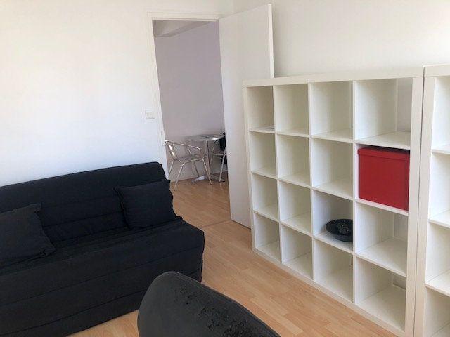 Appartement à louer 3 55m2 à Limoges vignette-6