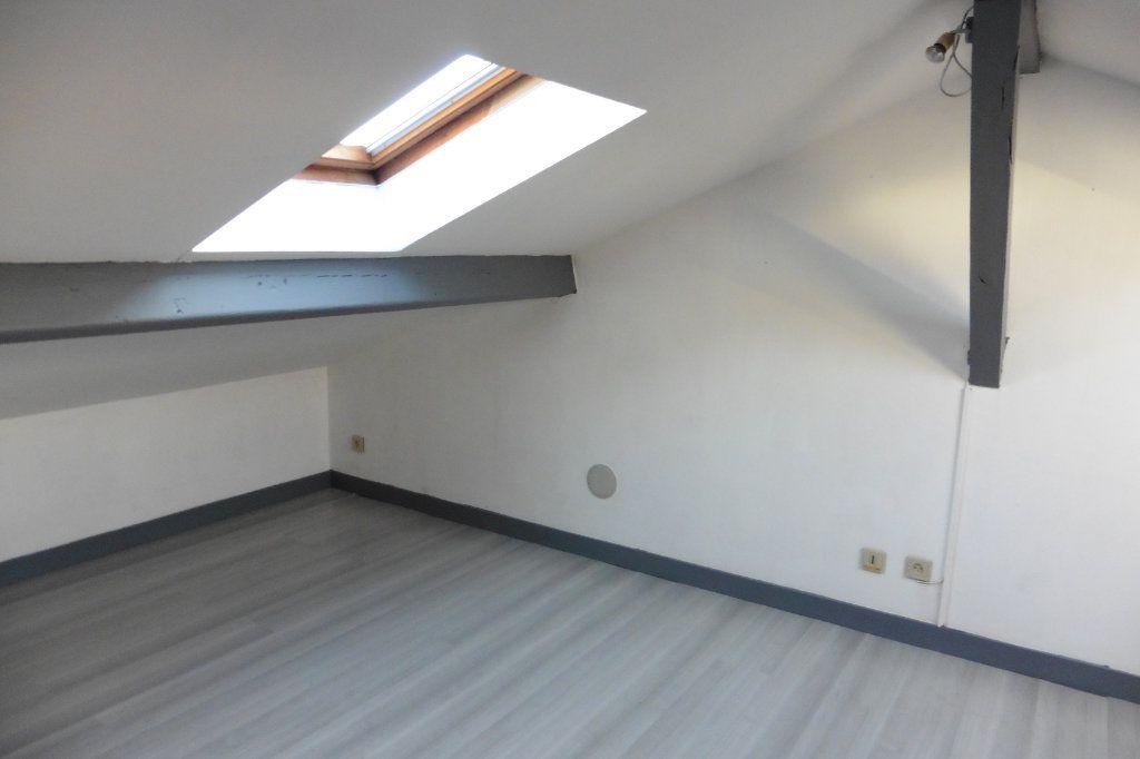 Appartement à louer 4 94.05m2 à Limoges vignette-6