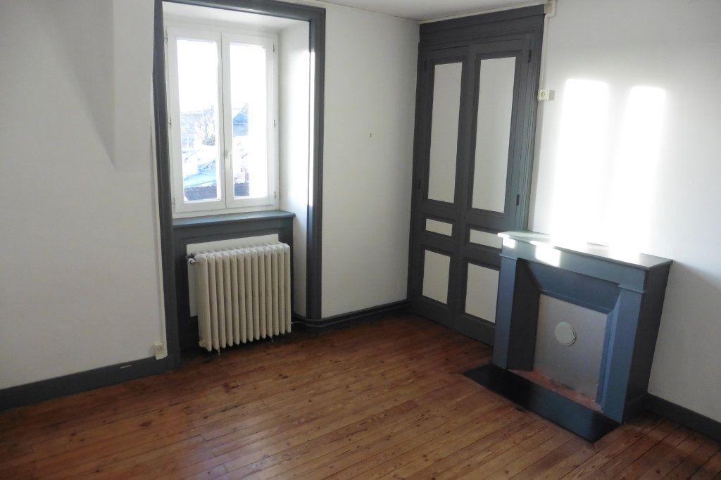 Appartement à louer 4 94.05m2 à Limoges vignette-8