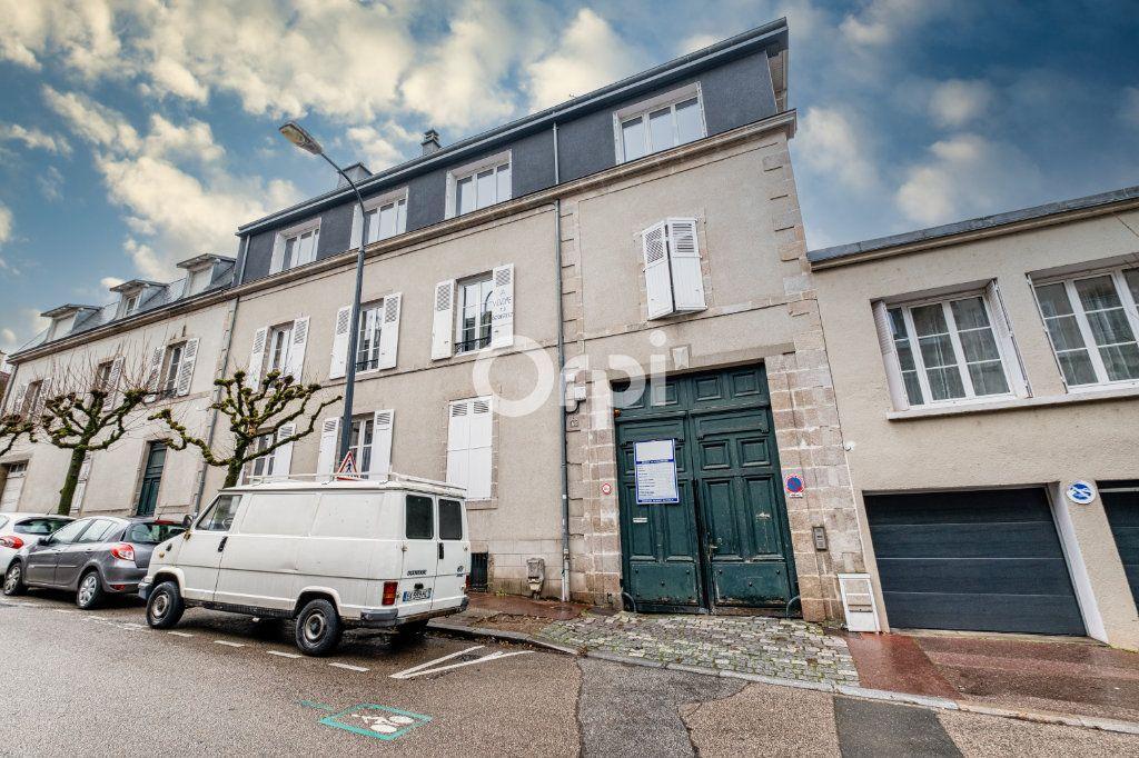 Appartement à vendre 6 125m2 à Limoges vignette-1