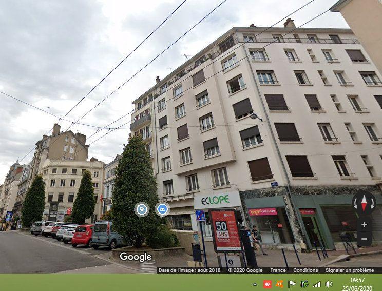 Appartement à louer 4 92.82m2 à Limoges vignette-8