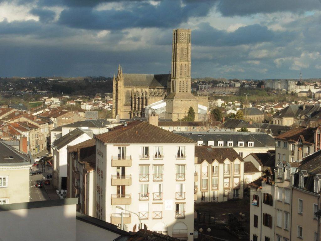 Appartement à louer 3 48.06m2 à Limoges vignette-10