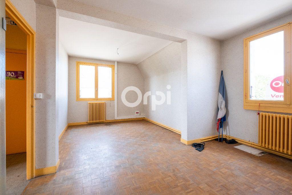 Immeuble à vendre 0 300m2 à Pierre-Buffière vignette-6