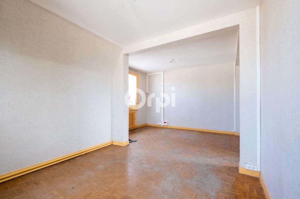Immeuble à vendre 0 300m2 à Pierre-Buffière vignette-7