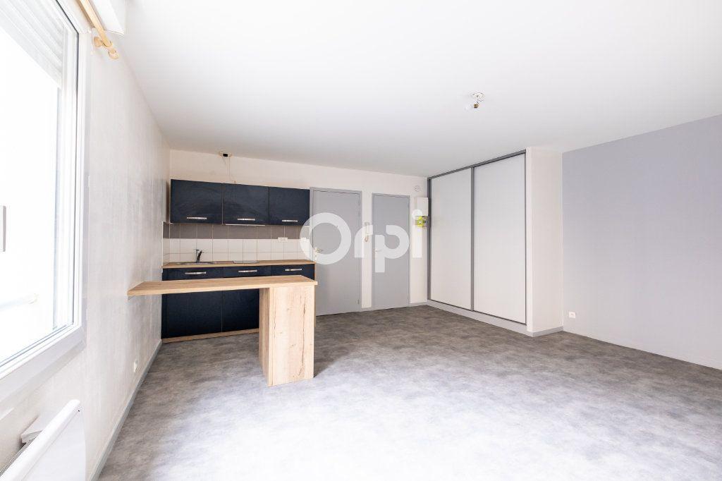 Appartement à louer 1 32.1m2 à Limoges vignette-4
