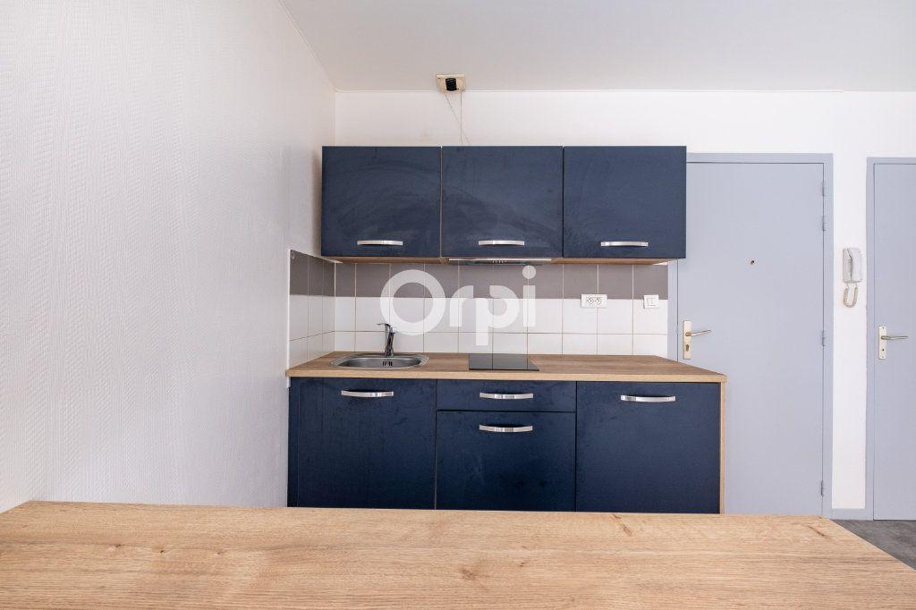 Appartement à louer 1 32.1m2 à Limoges vignette-6