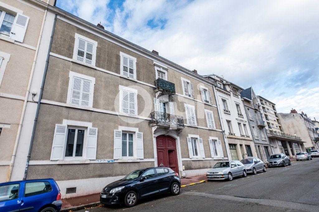 Appartement à louer 2 63m2 à Limoges vignette-7