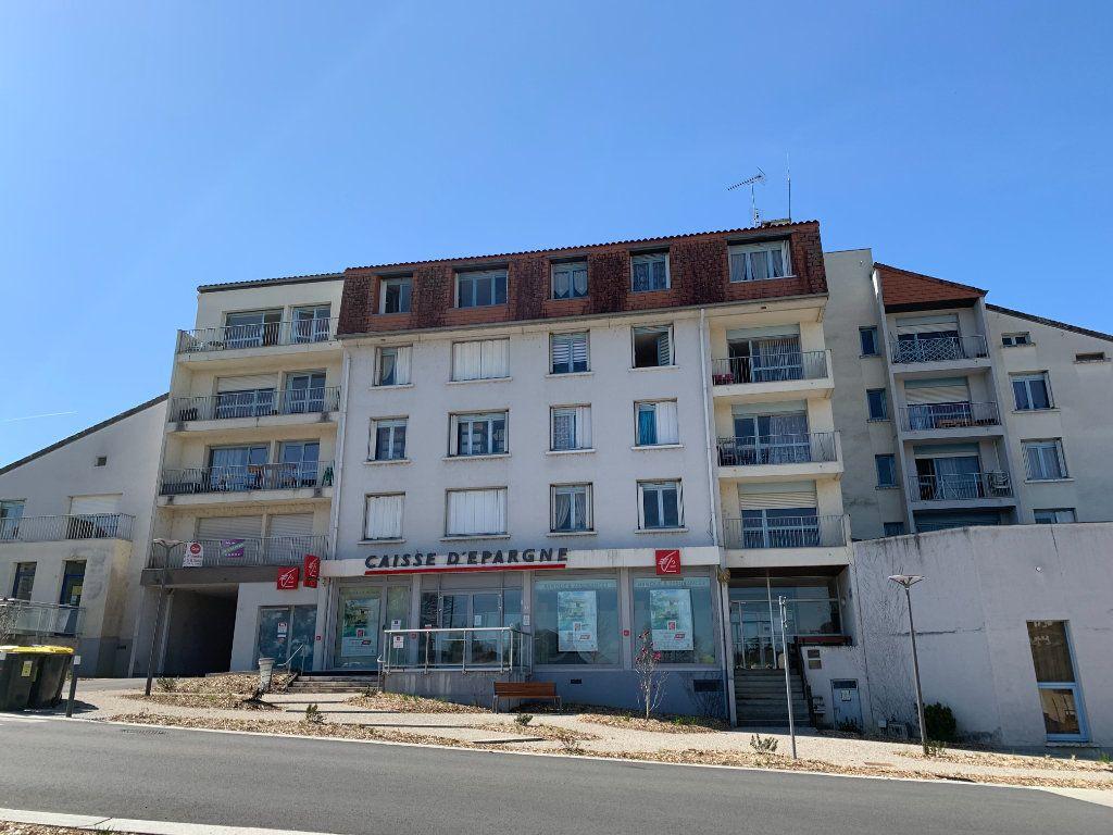 Appartement à vendre 6 118.73m2 à Aixe-sur-Vienne vignette-1