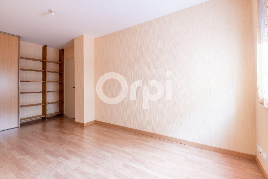 Appartement à vendre 4 95.56m2 à Limoges vignette-2