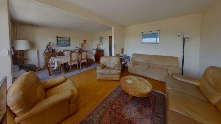 Appartement à vendre 5 95.83m2 à Limoges vignette-3