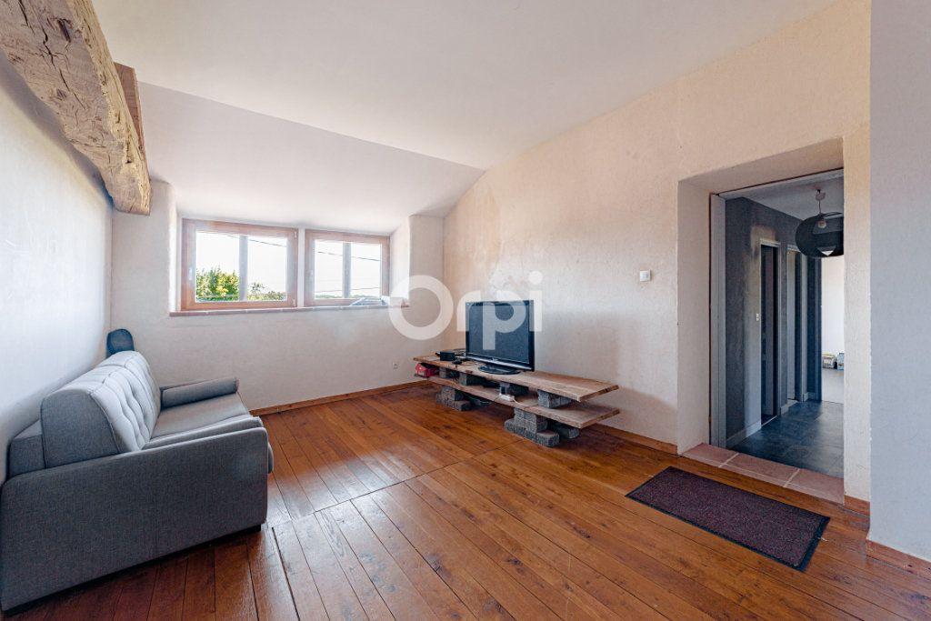Maison à vendre 9 220.4m2 à Saint-Laurent-sur-Gorre vignette-6