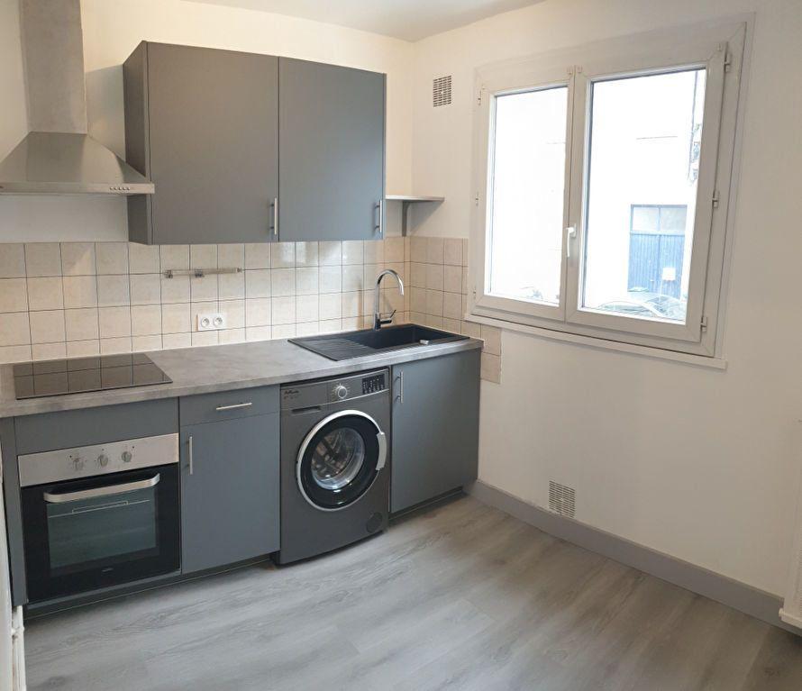 Appartement à louer 1 30.05m2 à Limoges vignette-1