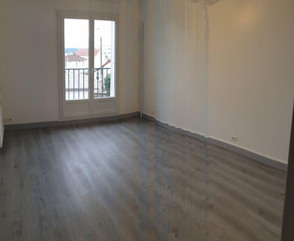 Appartement à louer 1 30.05m2 à Limoges vignette-2
