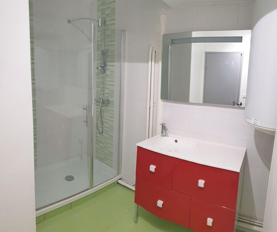 Appartement à louer 1 30.05m2 à Limoges vignette-5