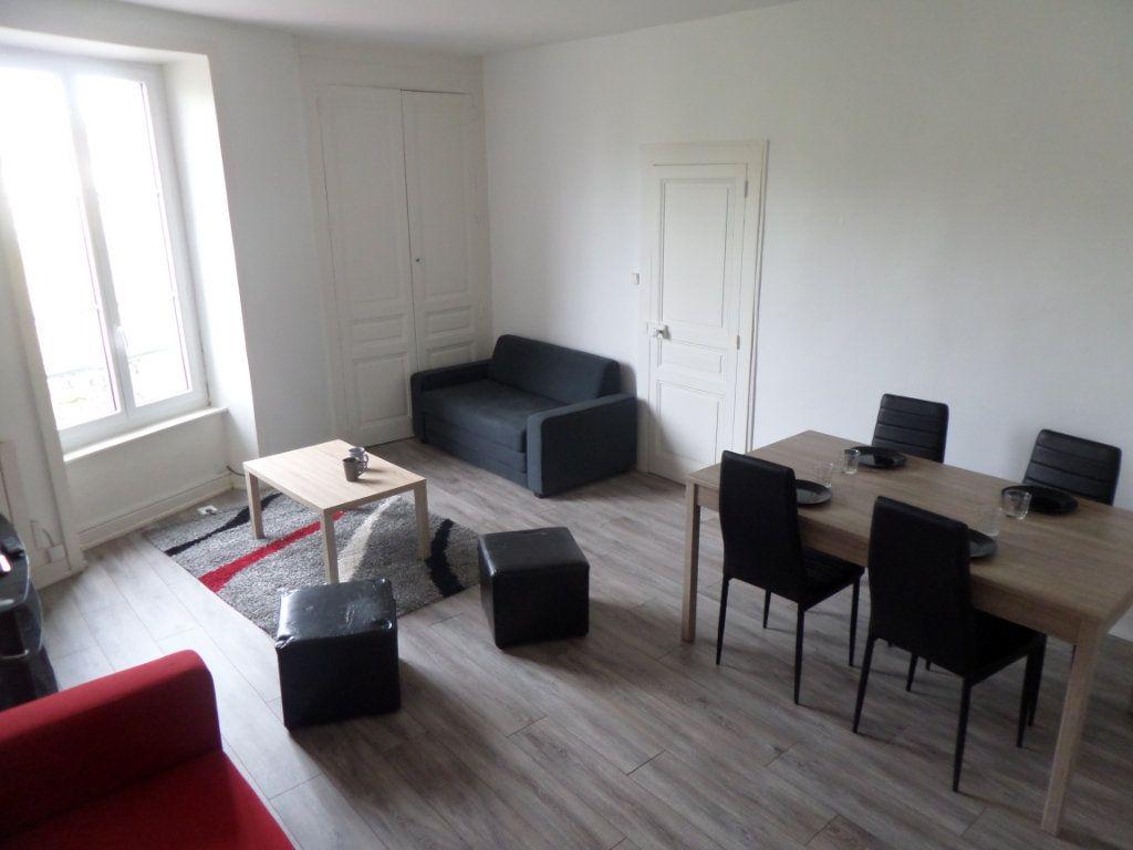 Appartement à louer 3 83.47m2 à Limoges vignette-1