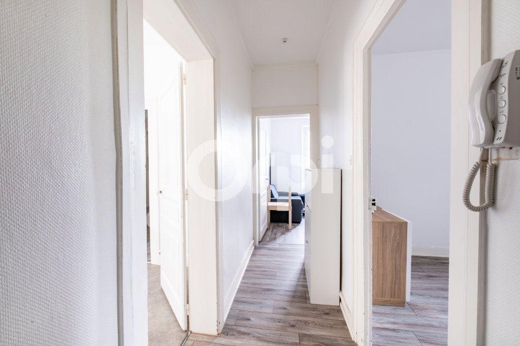 Appartement à louer 3 83.47m2 à Limoges vignette-6