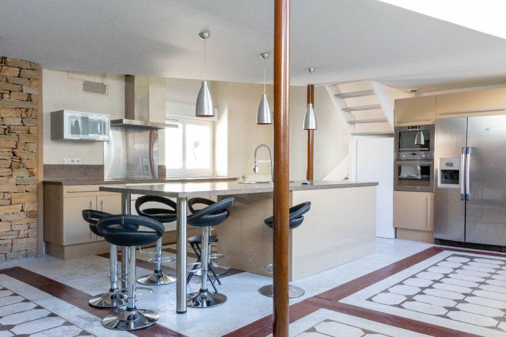 Appartement à louer 4 107.94m2 à Limoges vignette-1