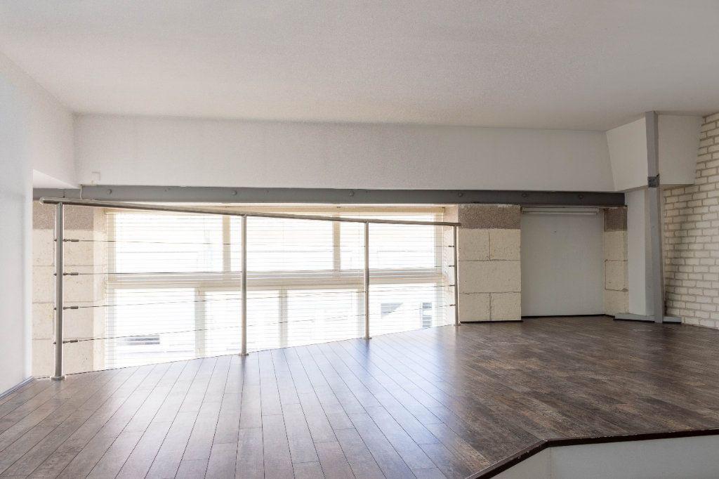 Appartement à louer 4 107.94m2 à Limoges vignette-6