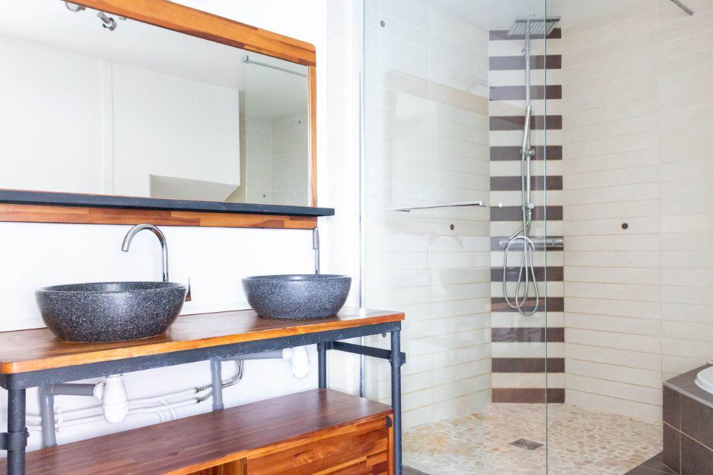 Appartement à louer 4 107.94m2 à Limoges vignette-8