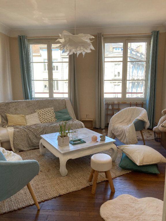 Appartement à louer 3 76.5m2 à Limoges vignette-1
