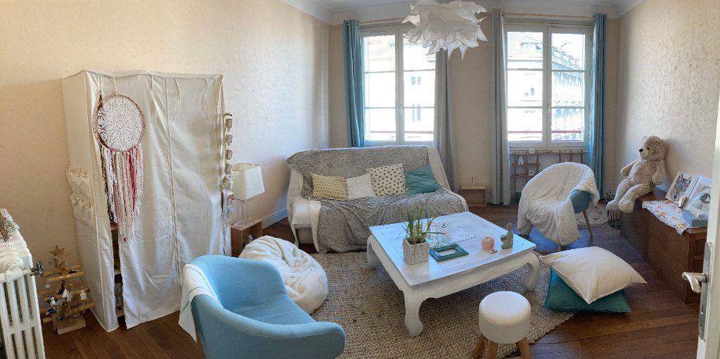 Appartement à louer 3 76.5m2 à Limoges vignette-8
