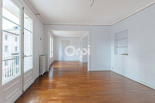 Appartement à vendre 5 121m2 à Limoges vignette-3