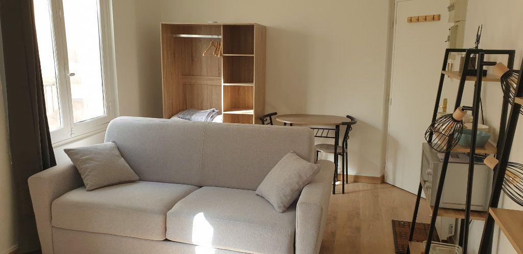 Appartement à louer 1 17.58m2 à Limoges vignette-4