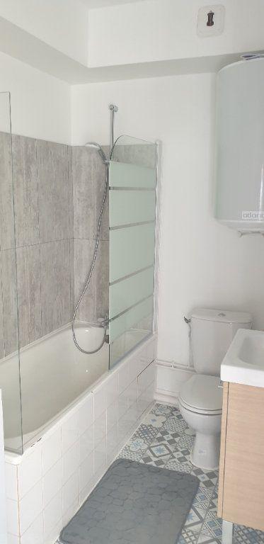 Appartement à louer 1 17.58m2 à Limoges vignette-5