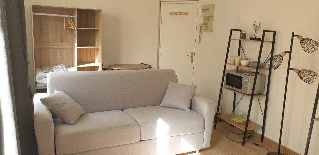 Appartement à louer 1 17.58m2 à Limoges vignette-6
