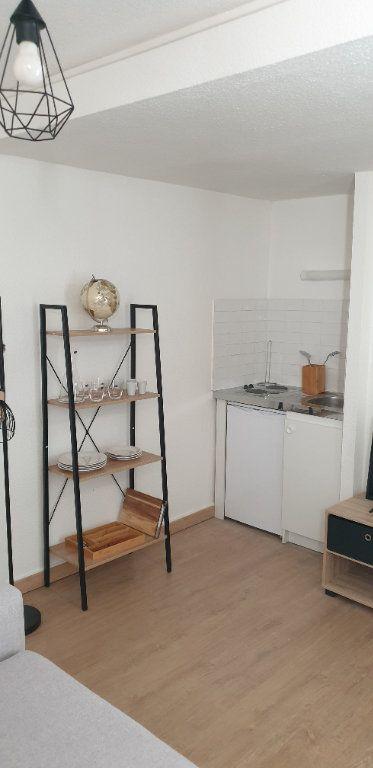 Appartement à louer 1 19.71m2 à Limoges vignette-3