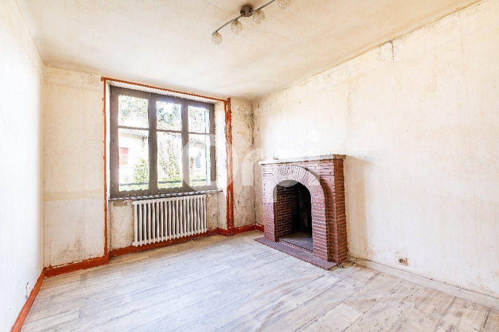 Maison à vendre 5 104m2 à Saint-Laurent-sur-Gorre vignette-2