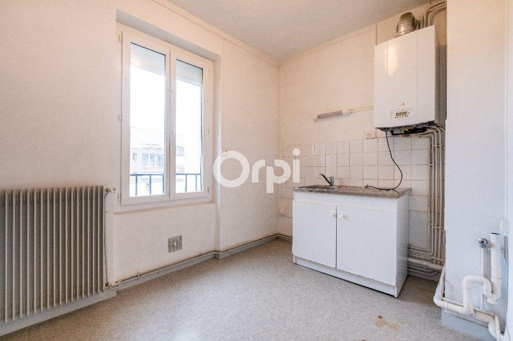 Appartement à louer 2 35m2 à Limoges vignette-5